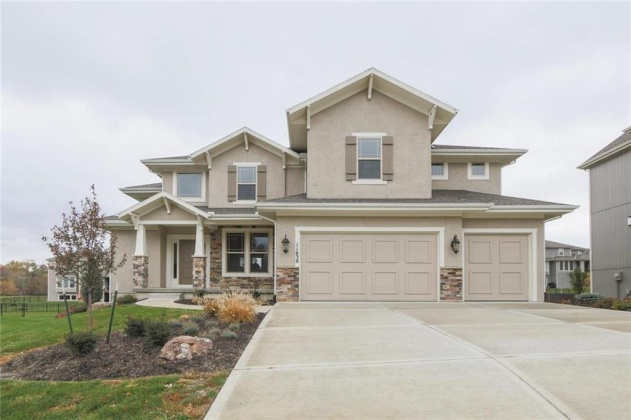 11630 158, Overland Park, Kansas 66221, 5 Bedrooms Bedrooms, ,4 BathroomsBathrooms,For Sale,158,2003702