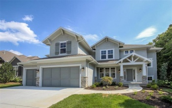 9943 152nd, Overland Park, Kansas 66221, 5 Bedrooms Bedrooms, ,5 BathroomsBathrooms,For Sale,152nd,2007992