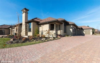 3212 137TH, Leawood, Kansas 66224, 3 Bedrooms Bedrooms, ,3 BathroomsBathrooms,For Sale,137TH,2148036