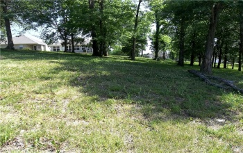 908 Highland, Missouri 64080, ,For Sale,Highland,2031248