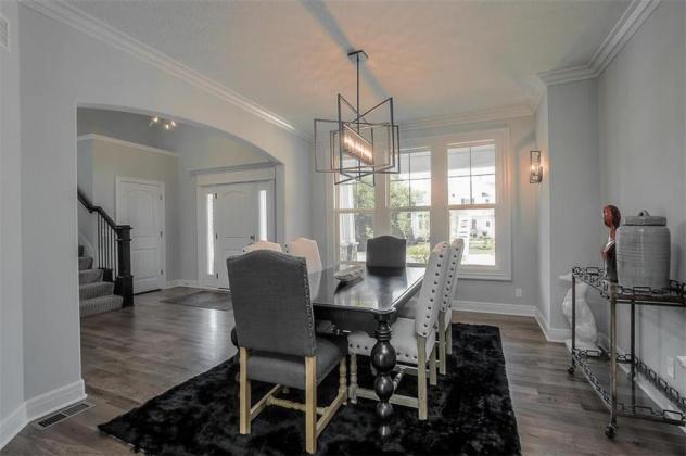 9943 152nd, Overland Park, Kansas 66221, 5 Bedrooms Bedrooms, ,5 BathroomsBathrooms,For Sale,152nd,2007992
