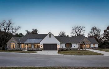 3905 85th, Prairie Village, Kansas 66206, 3 Bedrooms Bedrooms, ,3 BathroomsBathrooms,For Sale,85th,2037188