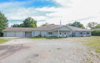 21615 Peculiar, Missouri 64078, ,For Sale,Peculiar,2188627