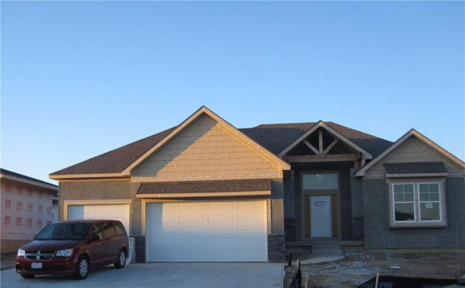 25770 96, Lenexa, Kansas 66227, 4 Bedrooms Bedrooms, ,4 BathroomsBathrooms,For Sale,96,2194573