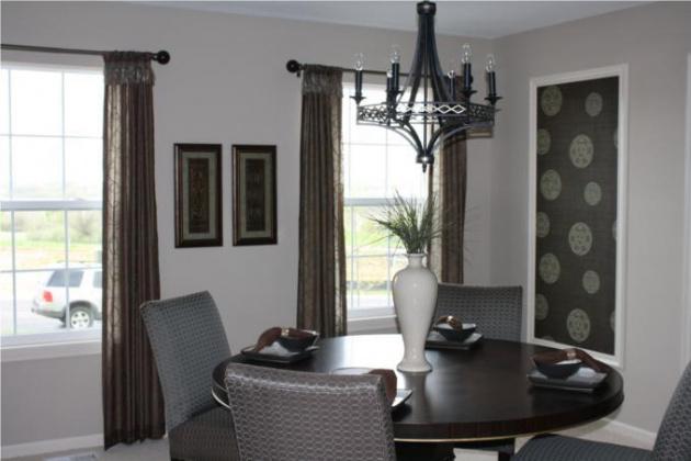 1300 Stone, Lansing, Kansas 66043, 4 Bedrooms Bedrooms, ,2 BathroomsBathrooms,For Sale,Stone,1602341
