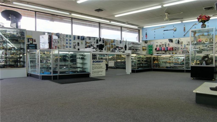 9101 US Hwy 40, Missouri 64055, ,For Sale,US Hwy 40,2142766
