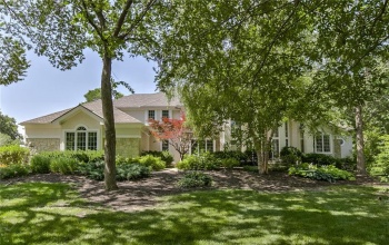 15144 Windsor, Leawood, Kansas 66224, 5 Bedrooms Bedrooms, ,4 BathroomsBathrooms,For Sale,Windsor,2146287